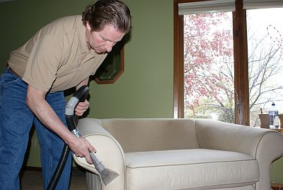 Jeff Cross Des Moines Urbandale Waukee carpet cleaning furniture cleaning extraction storm damage cleaning