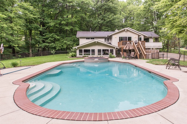 Solon Homes with Pools for Sale