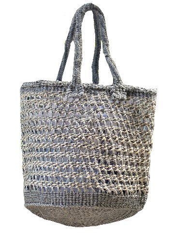 Natural woven shopping bags