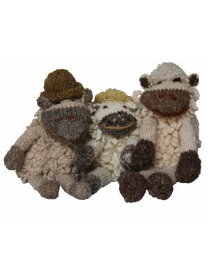 Knitted wool sheep