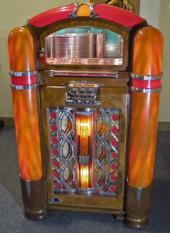 Wurlitzer Model 800 Jukebox