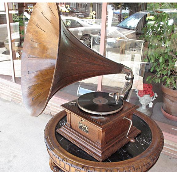 victor phonograph