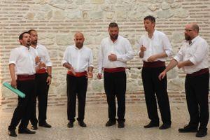 Klapa singing