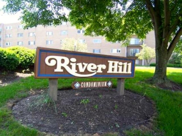 river hill condos for sale in rocky river ohio