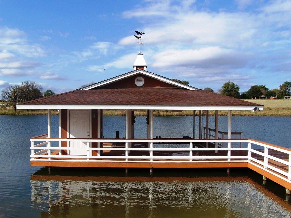 Customized Boat Houses