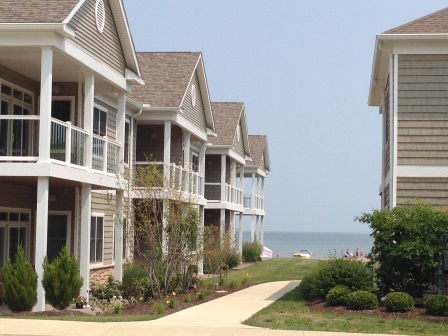Beach Towne Lakefront Condos for Sale