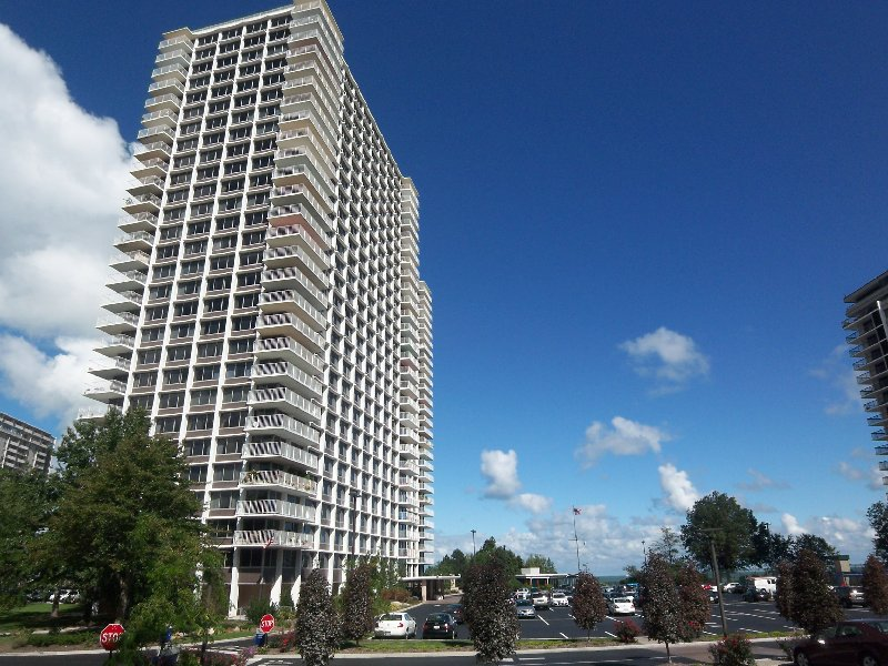Winton Place Lakefront Condos for Sale Lakewood Ohio Realtor