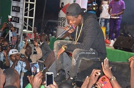 Chameleone performing at Hotel Africa