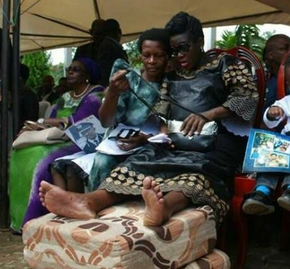 The lates Felix Kaweesi's widow at the funeral