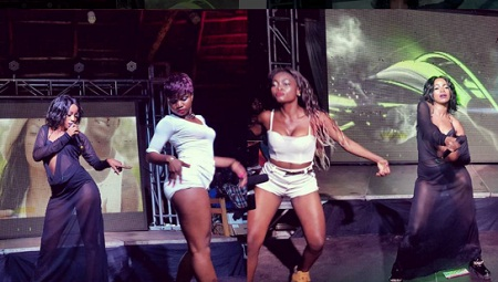 Sheebah and her queen dancers thrilling fans