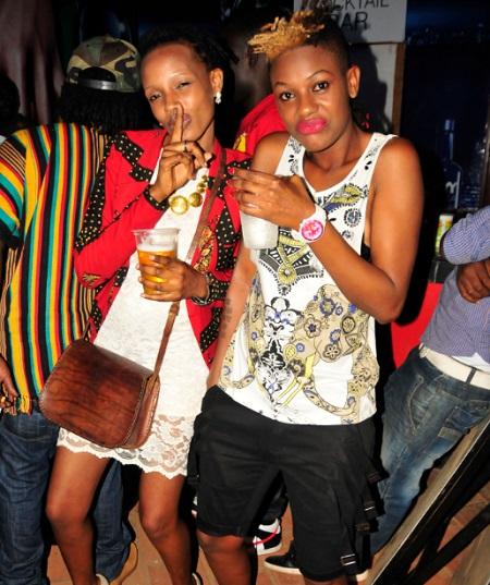 Anita Da Diva (black shorts) with friend