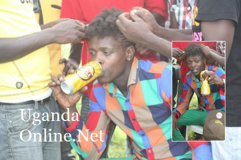 Chameleone getting his hair done