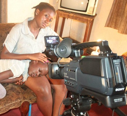 Laura Kahunde during the shooting of my Dear Mum movie