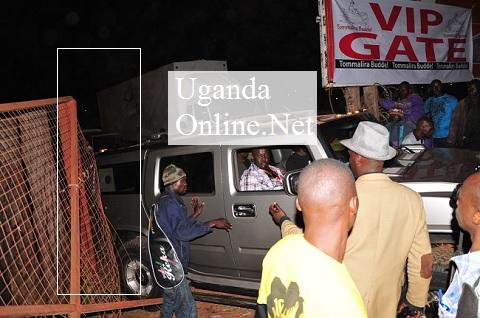Bebe Cool's Hummer rams through the Kyadondo gate