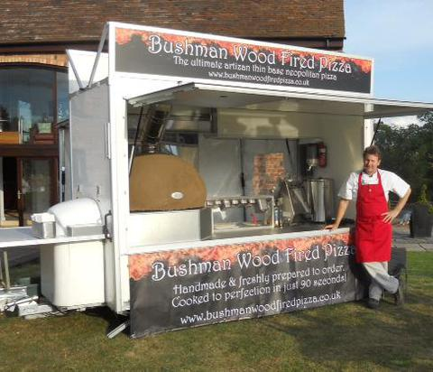 mobile woodfired pizza oven