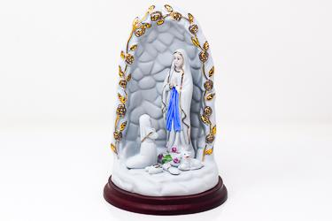 Apparition Statue.