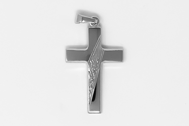 925 Sterling Silver Cross Pendant.