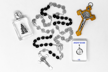 Mens St Benedict Catholic Gift Set.