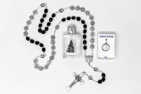 St Benedict Rosary Catholic Gift Set.