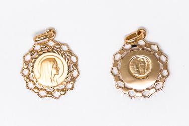 Virgin Mary Scalloped Medal.