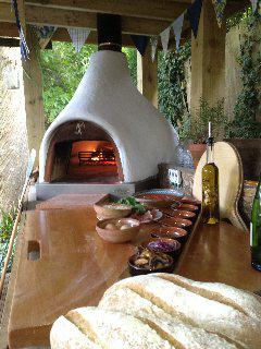 Wood Burning Pizza Oven.( more info):-