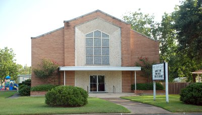 Liberty: Heights Baptist Church