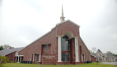 Sour Lake: First Baptist Church