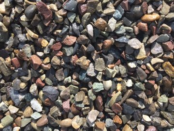 CRUSHED RIVERE STONES